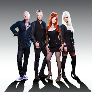 The B-52s perform Funplex on The Tonight Show
