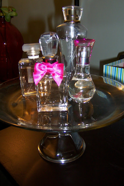 Pretty All The Time Cake Stand Perfume Stand