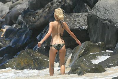 Paris Hilton Bikini Pictures