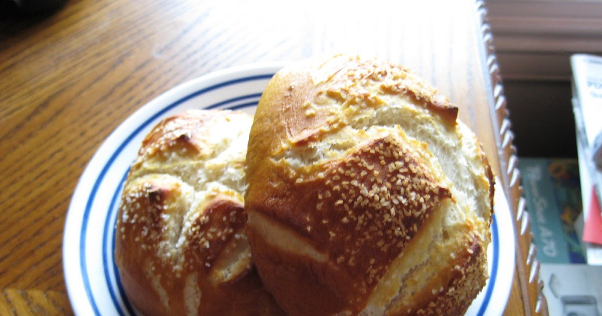 Kelly Cooks...and Other Amazing Feats: Laugen Brotchen ...