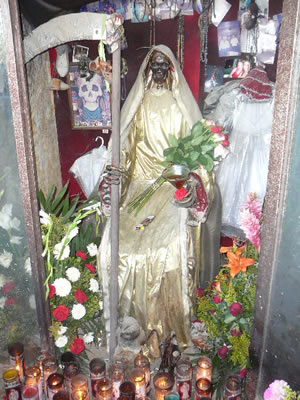 zenpundit com » Blog Archive » Skulls & Human Sacrifice