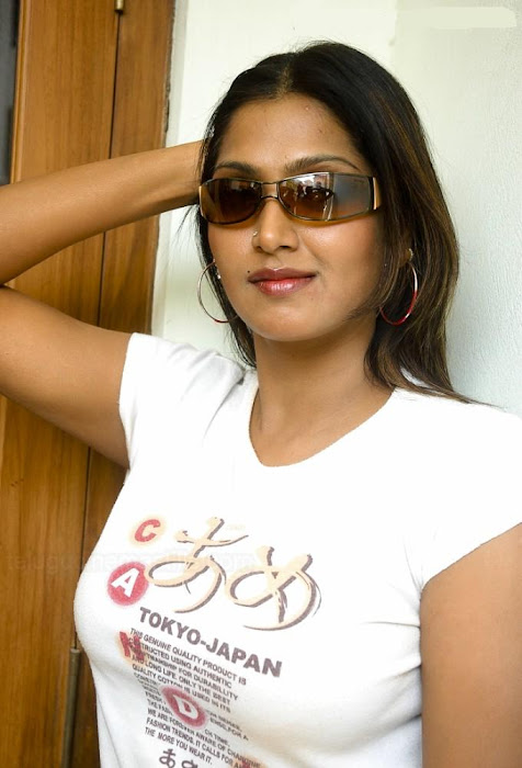 bhuvaneswari hot photoshoot