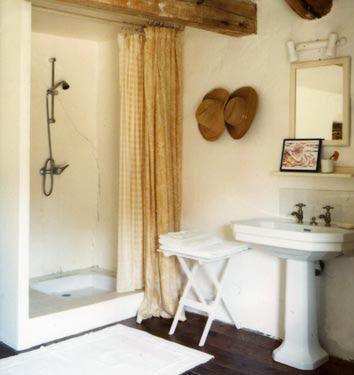 Bagno e accessori shabby chic interiors - Bagno shabby immagini ...