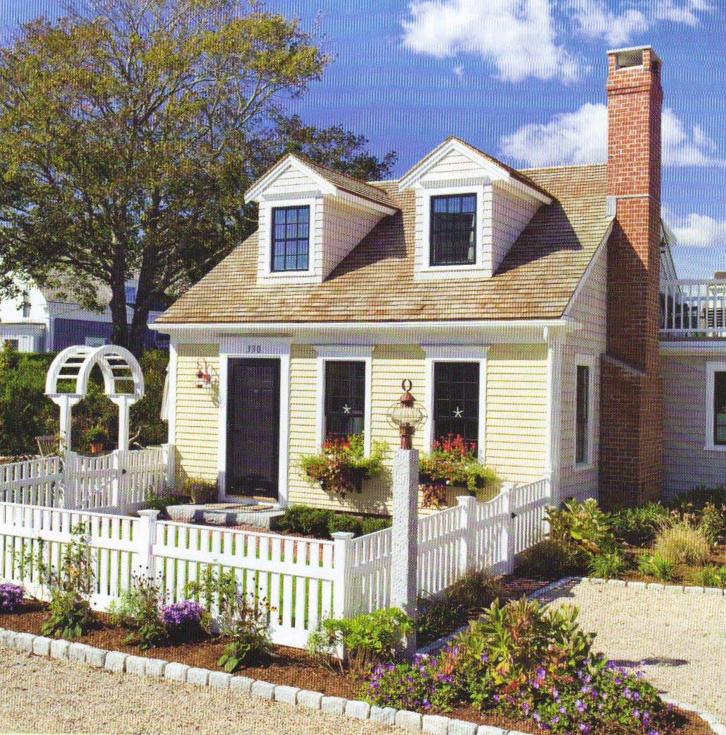 Small Front Yard Curb Appeal: Lipstick And Rouge: Little Houses, Big Curb Appeal