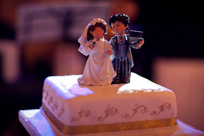 tradition of eating wedding cake on first anniversary destination weddings a real wedding of 21231