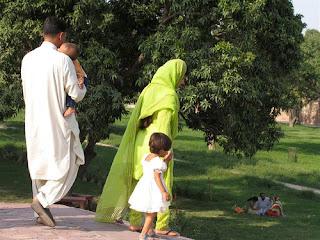 Meet single mature women from Islamabad, Pakistan