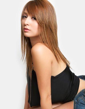 Leah dizon mini skirt pics — img 15