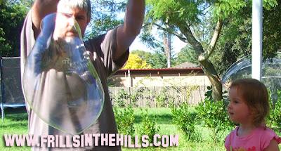 Activities for preschool children: Bubble Mixture Recipe