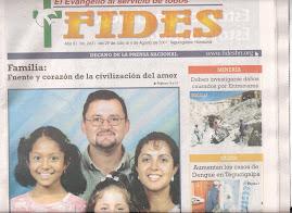 Nuestra foto familiar en el semanario de Honduras, que la publicaron  sin conocernos