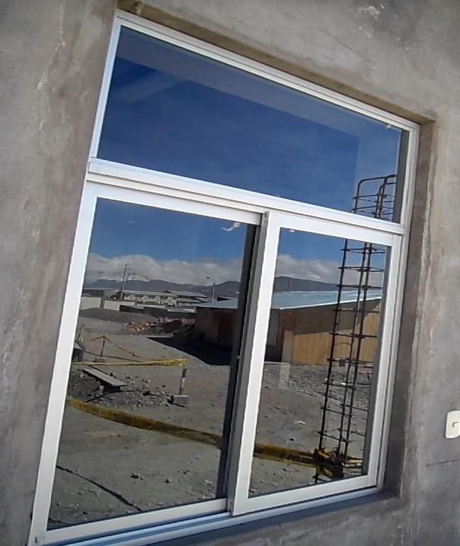Marcos de aluminio para ventanas elegant jarolift profi for Ventanas de aluminio con marco de madera