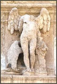 Entre El Margen y Las Vertientes Esculturas renacentistas