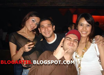 Foto Abi Yapto, Fachry Albar and the Girls