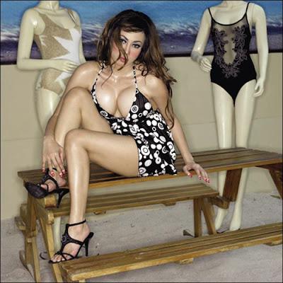 Rachel - Popular swimsuit girl