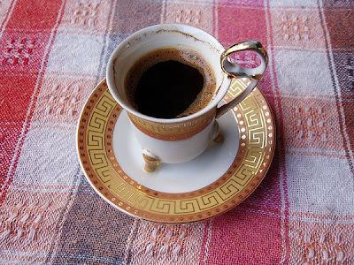 Le café est offert par Charly Founes, et la chronique échecs par Samir Adyel