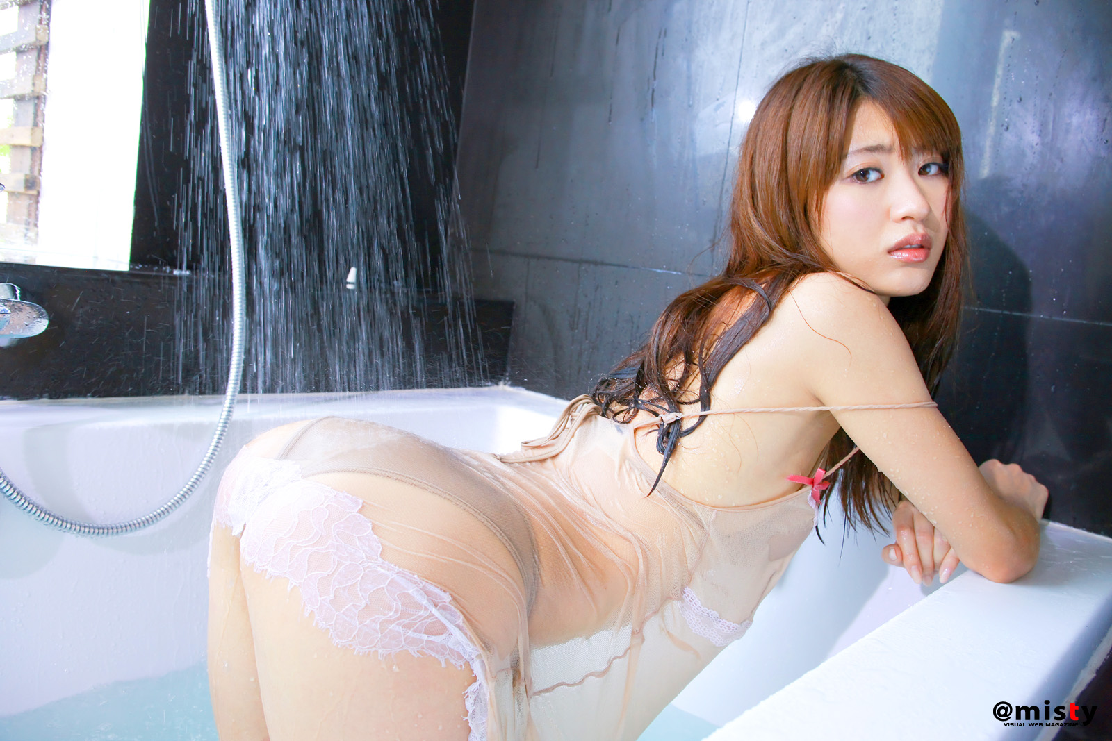 Japanese Girl Stock Images - Download 105,186 Photos