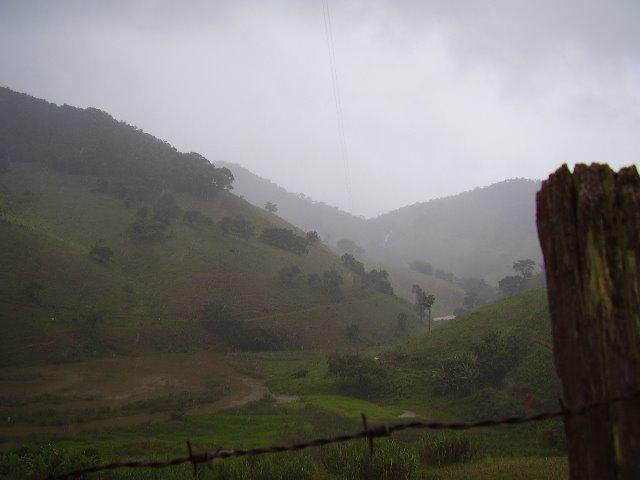 um dia de chuva [ a day of rain ]