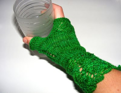 La Belle Helene: Green Veyla Mitts