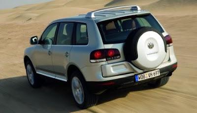 2007 VW Touareg (back)