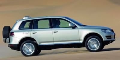 2007 VW Touareg (side)