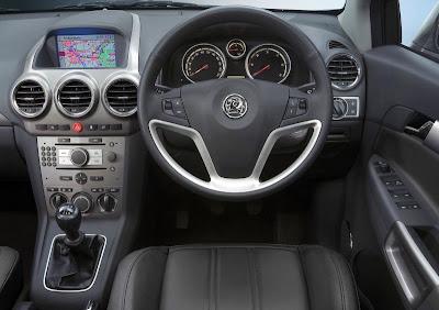 Vauxhall Antara (interior and dashboard)