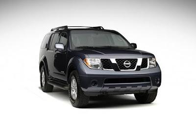 Nissan Pathfinder (front)