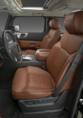 2008 Hummer H2 (interior)