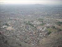 Imagem da periferia de Lima
