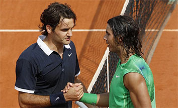 Nadal y Federer al concluir la final