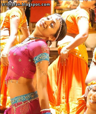 Tamil actress trisha sexy navel show