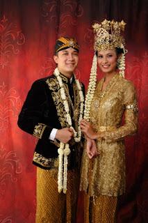 Tipe Baju Pengantin Adat Betawi Pakaian Pengantin Adat Sunda Siger
