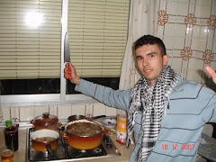 """Archichef cocinando en la cocina de """"Cuentame"""", falta Herminia"""