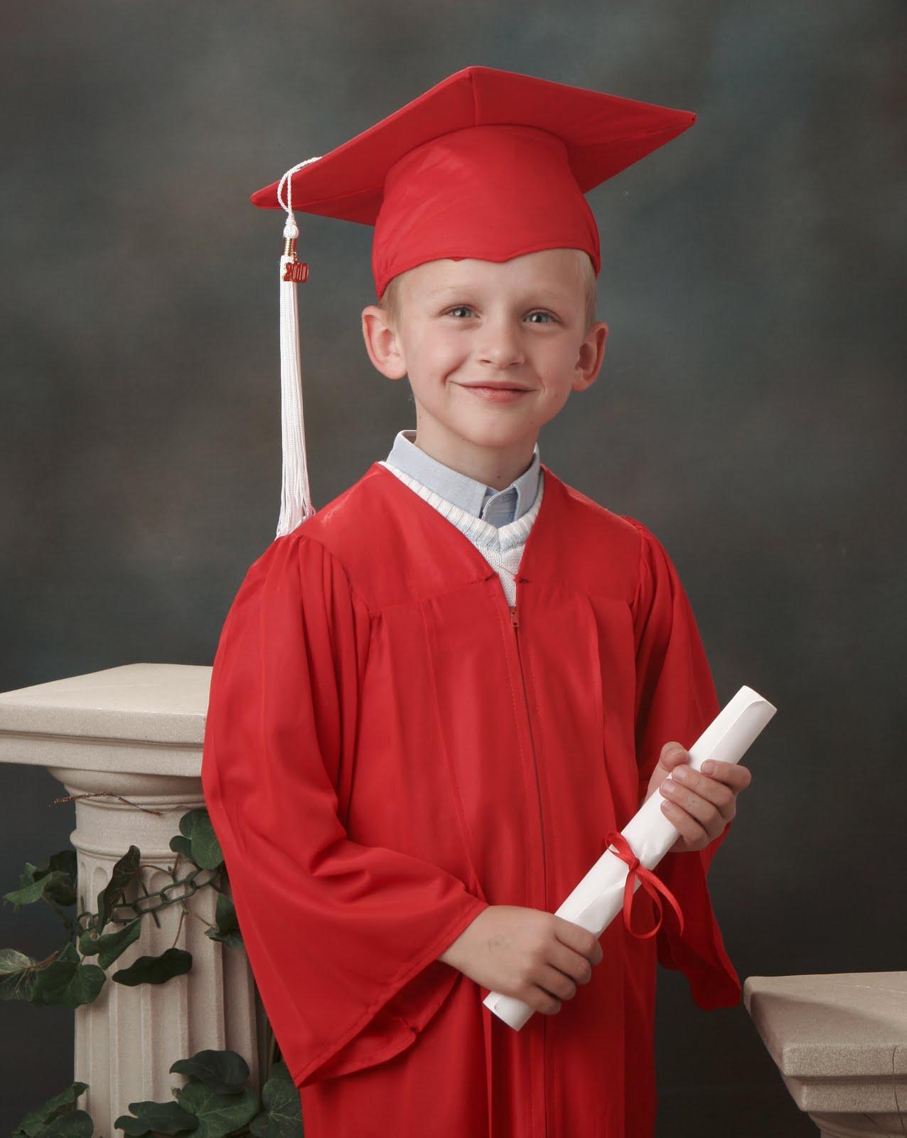 Elegant Kindergarten Cap and Gown Picture Ideas Compilation | Photo ...