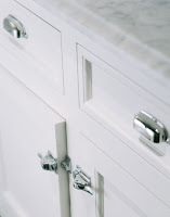 White Hinges Kitchen Cabinets