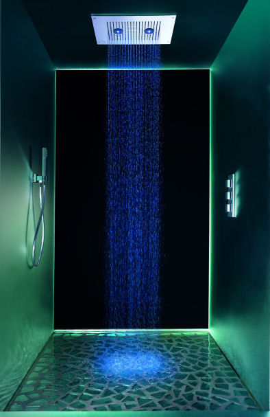 Light Colored Kitchen Backsplashes