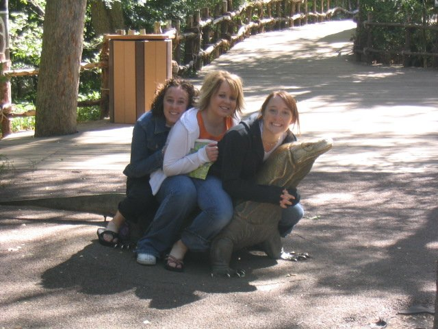 3 Cuties On A Lizard