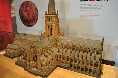 Museum+of+London+old+St+Paul+Cathedral