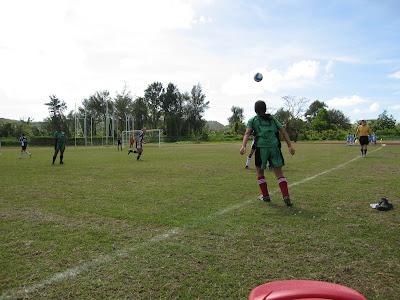EJ soccer throwin