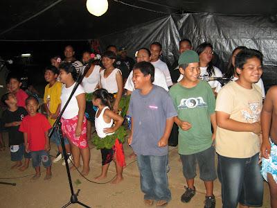 Kaipat Family Singers
