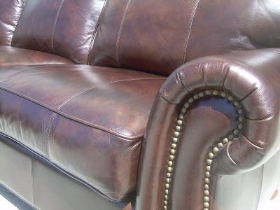 Uhuru Furniture Collectibles Sold Thomasville Leather