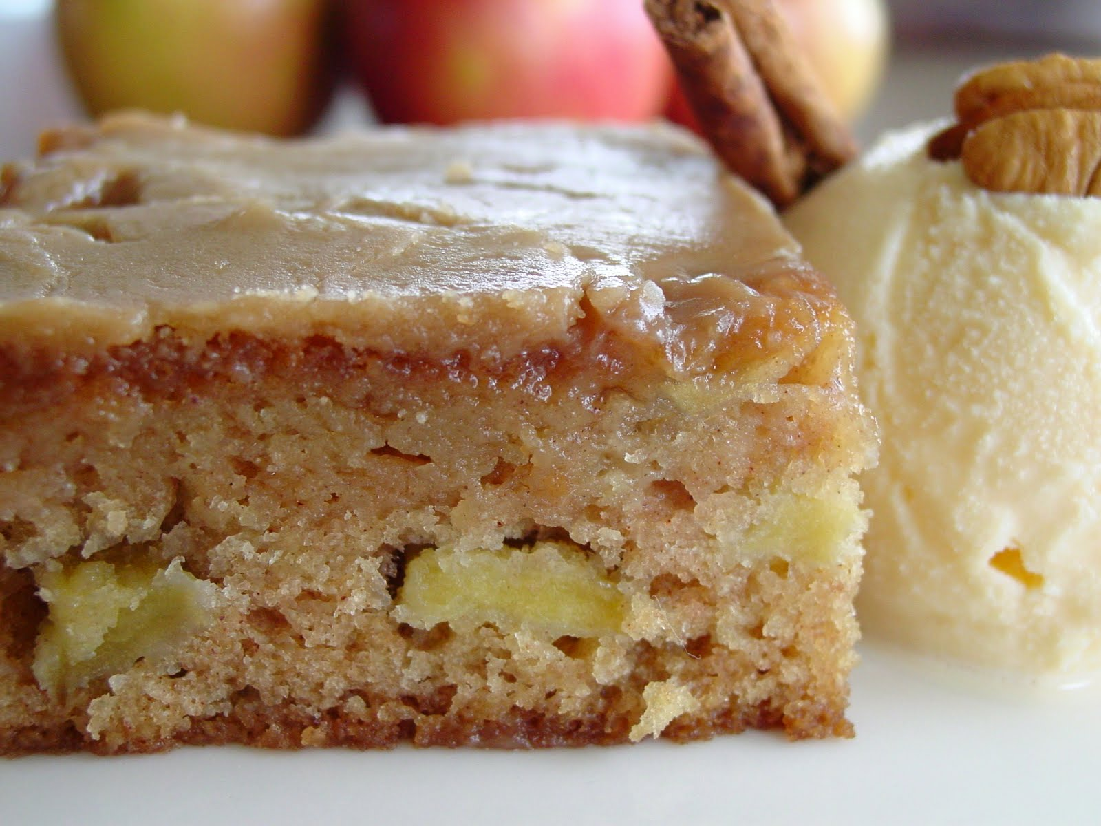 Apple Cake Recipe With Brown Sugar Glaze