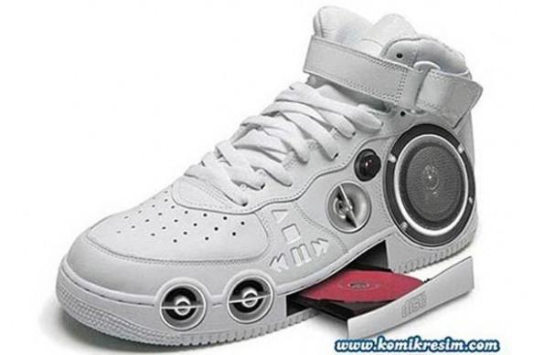 5363d91e9018 Grandes Dominicanos  Los zapatos mas raros del mundo