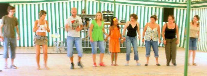 A. Jorge Orientando Workshop de Danças Lúdicas...