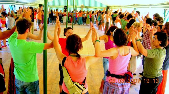 A. Jorge Dinamizando workshop de Danças Meditativas...