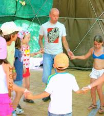 A. Jorge dinamizando RISOterapia para Crianças