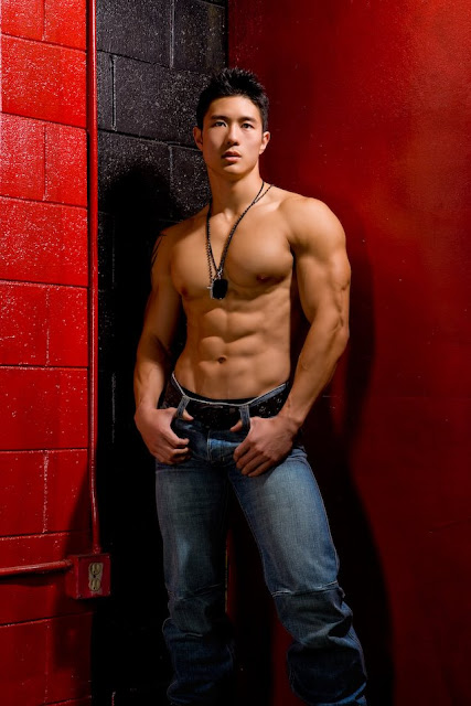 Fashion Male Model: Six Pack Abs Model Peter Le is from ...