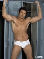 Leo Giamani gay muscle