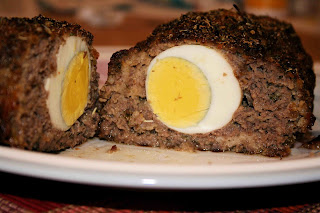Feb 21,  · Add the four hard boiled eggs on top of the meat and cover with the other half of of the meat completely. Spoon the ketchup all over the meatloaf. Cover with aluminum foil and place in the oven to bake for 45 minutes.5/5(1).
