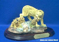 mountain lion figurine family