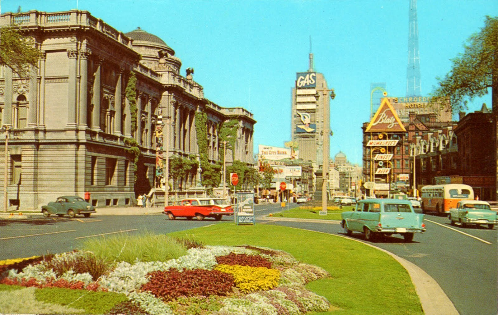 Best Cars For Hawaii >> Vintage Chrome Postcards: Wisconsin Avenue
