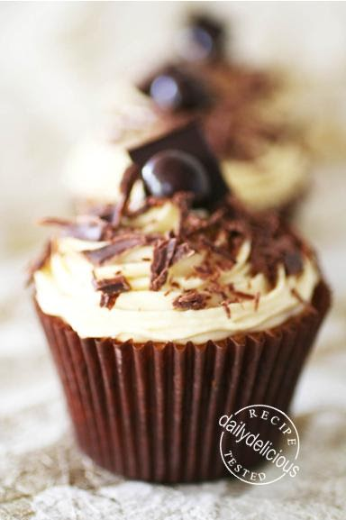 dailydelicious: Tiramisu Cupcake with Mascarpone cream